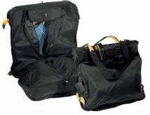 4 Lbs. 9.7 oz. A. SAKS Expandable Garment Bag